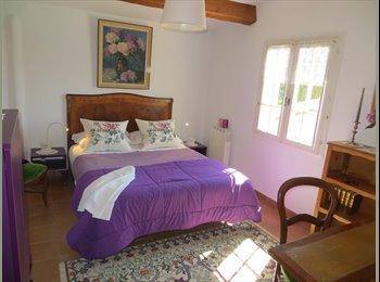 Appartager FR - 2 chambres dans appartement indépendant  - Puyricard, Aix-en-Provence - 450 € /Mois