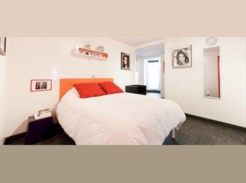 Chambres avec salle de bains privée à louer