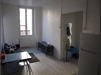 Appartager FR - T3 dans quartier animé proche des hopitaux  - 5ème Arrondissement, Marseille - 720 € /Mois