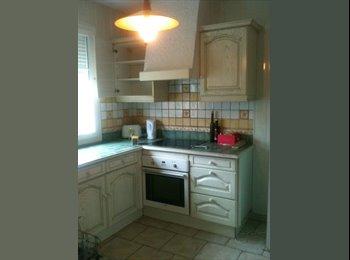 Appartager FR - Bien lire le descriptif SVP, Belle maison fonctionnelle  - 10ème Arrondissement, Paris - Ile De France - 500 € /Mois