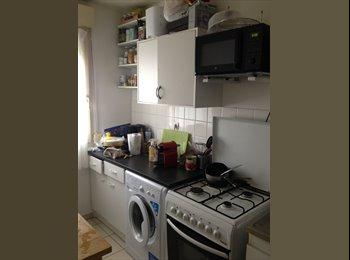 Appartager FR - URGENT - Colocation dans joli T3 - 3ème Arrondissement, Lyon - 405 € /Mois