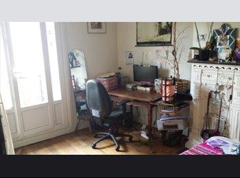 Appartager FR - Loue chambre dans colocation pour 2 mois: de MI-DECEMBRE à FIN FEVRIER - 20ème Arrondissement, Paris - Ile De France - 510 € /Mois
