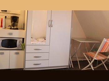 Appartager FR - Studio meublé 16m² 1 pièce - 17ème Arrondissement, Paris - Ile De France - 435 € /Mois