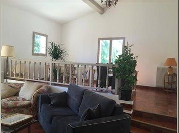 Appartager FR - Dans villa colocation pres sophia antipolis - Opio, Cannes - 500 € /Mois