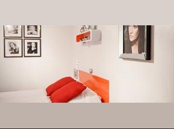 Chambre avec salle de bains dans moderne Residence Hall,...