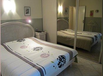 Appartager FR - superbe chambre chez l'habitant dans T3 libre de suite - 11ème Arrondissement, Marseille - 450 € /Mois
