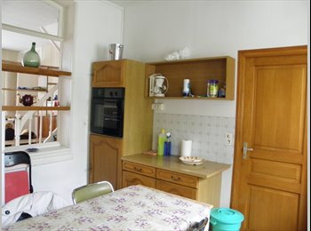 Appartager FR - Colocation conviviale, Amiens - 360 € /Mois