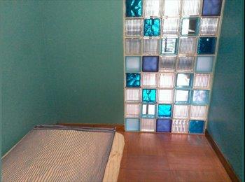 Appartager FR - loue 3 chambres dans appart de 73 m2 - 9ème Arrondissement, Lyon - 250 € /Mois