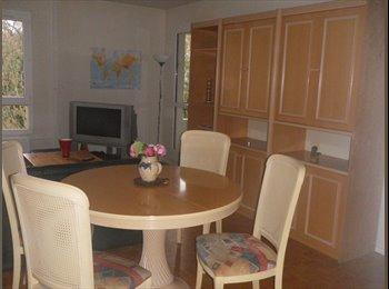 appartement meuble prés de la cité descartes et du RER A