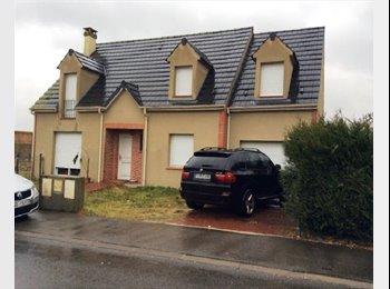 Appartager FR - Chambres à louer dans maison récente - Longueau, Amiens - 300 € /Mois