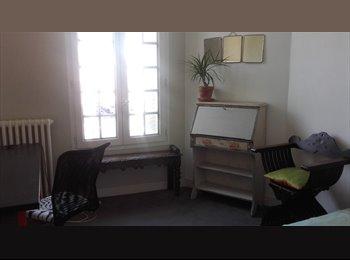 Appartager FR - Room in artists house - Fontenay-sous-Bois, Paris - Ile De France - 500 € /Mois