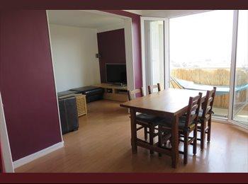 Appartager FR - Joli appartement T5 pour colocation - Talence Secteur Suzon - Talence, Bordeaux - 225 € /Mois