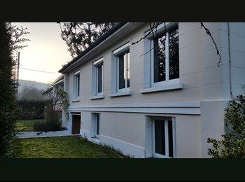 Appartager FR - maison 6 chambres - Gif-sur-Yvette, Gif-sur-Yvette - 495 € /Mois