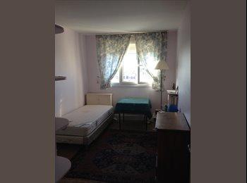 Appartager FR - Une chambre à louer - 16ème Arrondissement, Paris - Ile De France - 550 € /Mois