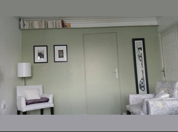 Appartager FR - Chambre dans appartement de 62 m2 - Saint-Martin-d'Hères, Grenoble - 420 € /Mois