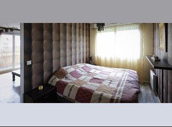 Appartager FR - Moderne 1 Chambre Appartement avec Balcon à La Plaine Saint-Denis - 1er Arrondissement, Paris - Ile De France - 945 € /Mois
