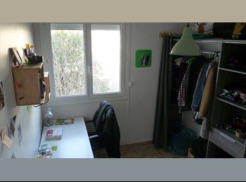 Appartager FR - cherche colocataire à partir d'avril - Aix-en-Provence, Aix-en-Provence - 450 € /Mois