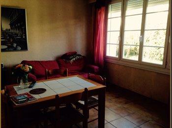 Appartager FR - Deux chambres dispo dans maison avec jardin - Empalot - Saint Agne - Sauzelong, Toulouse - 420 € /Mois