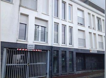 Appartager FR - Cherche nouveau colocataire! Duplex 70m² hyper sympa - Villenave-d'Ornon, Bordeaux - 450 € /Mois