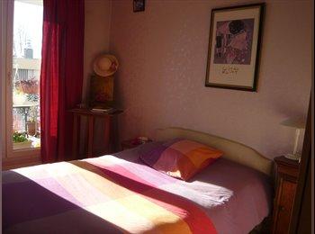 Appartager FR - Chambre meublée à louer dans appartement calme et ensoleillé trés bien situé /Sunny furnished room  - Aix-en-Provence, Aix-en-Provence - 400 € /Mois