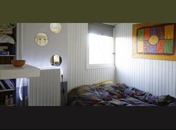 Appartager FR - Moderne Studio à louer à Clamart, Parking disponible - 1er Arrondissement, Paris - Ile De France - 765 € /Mois