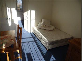 Appartager FR -  Appartement de 3 chambres spacieuses pour Let dans le 13ème arrondissement, près des transports pub - 13ème Arrondissement, Paris - Ile De France - 2100 € /Mois