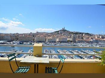 Appartager FR - Studio meublé avec terrasse au vieux port - 2ème Arrondissement, Marseille - 550 € /Mois