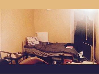 Appartager FR - Chambre en collocation porte de Montreuil - 20ème Arrondissement, Paris - Ile De France - 700 € /Mois