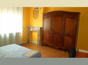 Appartager FR - chambre meublée - Saint-André-lez-Lille, Saint-André-lez-Lille - 300 € /Mois