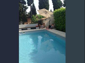 Appartager FR - Loue chambre à Verquières - Avignon, Avignon - 500 € /Mois
