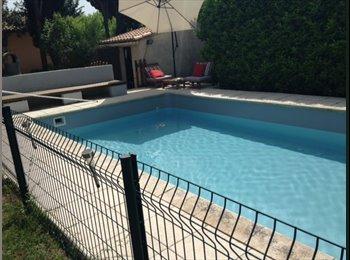 Appartager FR - Loue Chambre Verquières - Cavaillon, Avignon - 500 € /Mois