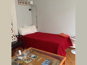Appartager FR - Chambre à louer quartier Saint-Cybard près du Pôle Image - Angoulême, Angoulême - 400 € /Mois