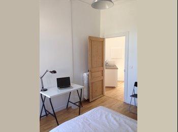 Appartager FR - 3 Chambres dans bel Appartement Montpellier Centre, Montpellier - 400 € /Mois