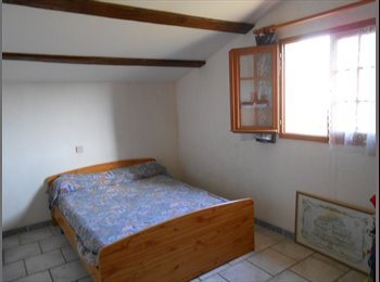 Appartager FR - CHAMBRE - Saint-Julien-les-Rosiers, Alès - 400 € /Mois
