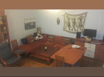 Appartager FR - Maison OkLM , Fougères - 250 € /Mois