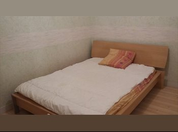 Appartager FR - Chambre chez l'habitant (jour/semaine/mois) - Niort, Niort - 280 € /Mois