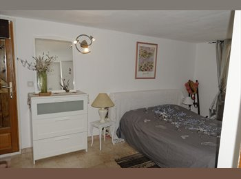 Appartager FR - Chambre Tranquille à la campagne, Montpellier - 480 € /Mois
