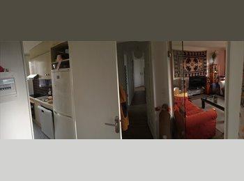 Appartager FR - Petite chambre dans un appart à la bonne franquette  - Caen, Caen - 300 € /Mois