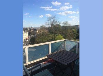 Appartager FR - Colocation à la bonne franquette  - Caen, Caen - 300 € /Mois