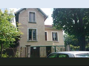 Appartager FR - Place libre dans colocation d'étudiants vétos ! - La Cépière - Bagatelle, Toulouse - 255 € /Mois