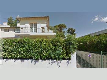 Appartager FR - Loue chambre dans grande maison  - Les Cévennes, Montpellier - 260 € /Mois