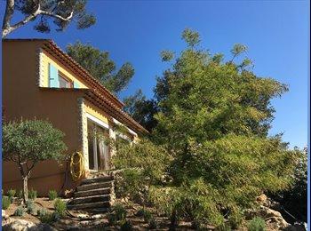 Appartager FR - Villa à louer en colocation dans un domaine privé, proche de Sophia Antipolis avec transport personn - Biot, Nice - 1240 € /Mois