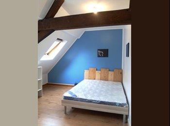 Appartager FR - Maison meublée et agréable en hypercentre de Valenciennes, Valenciennes - 320 € /Mois