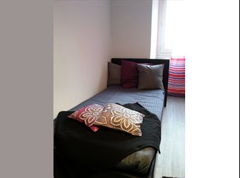 1 D - Chambre meublée