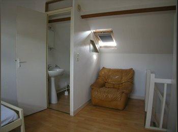 Appartager FR - Studio pour étudiant dans une maison amiénoise - Amiens, Amiens - 465 € /Mois