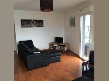 Appartager FR - colocation 3 chambre dans appartement 84 m2 - Le Lac, Bordeaux - 930 € /Mois