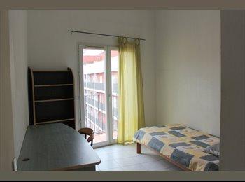 Appartager FR - T4 75 M² duplex dispo au 1/07 dans résidences fermée et sécurisée, Aix-en-Provence - 1560 € /Mois