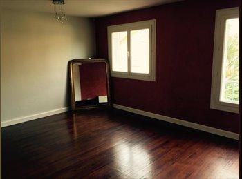 Appartager FR - Chambre meublée montplaisir  - Valence, Valence - 400 € /Mois