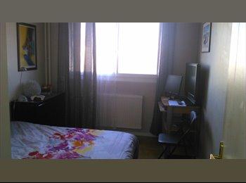 Appartager FR - chambre meublée  - Caluire-et-Cuire, Lyon - 450 € /Mois
