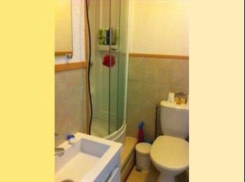 Appartager FR - A saisir Vandoeuvre appartement T5 en colocation  - Vandœuvre-lès-Nancy, Nancy - 213 € /Mois